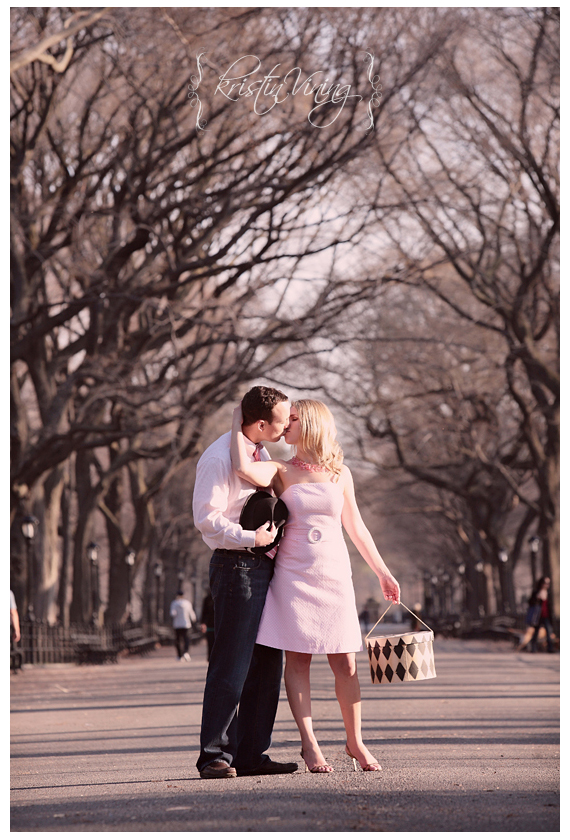 New York City - Central Park Engagement Session - Getter1