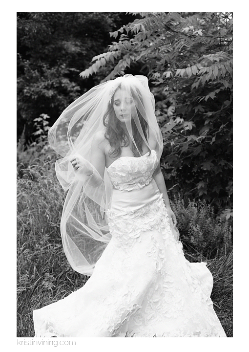 Black and White Bridal_Kristin Vining Photography2