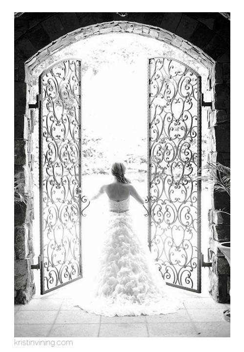 Black & White Bridal Portrait_Kristin VIning Photography